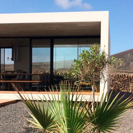 minimalist-house-lajares-fuerteventura